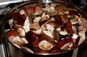 Jesienna zupa z podgrzybkami  – krok 2