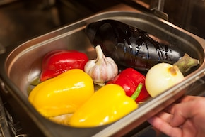 Kanapka z pieczonymi warzywami – krok 1
