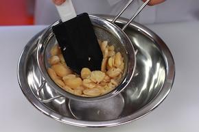 Kaszubski tort z fasoli – krok 2
