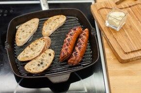 Kiełbasa z grilla z sosem chrzanowo-musztardowym – krok 4