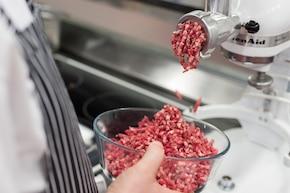 Klasyczny burger wołowy – krok 1