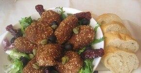 Kotlety mielone z indyka z dodatkiem sezamu