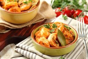 Krewetki w pomidorach po tunezyjsku