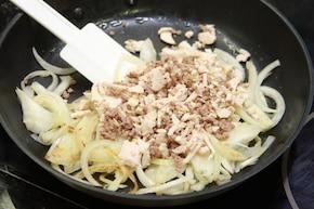 Krokiety z mięsa z rosołu – krok 2