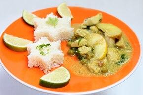 Kurczak curry z jabłkiem