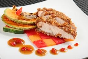 Kurczak w sosie z owocami