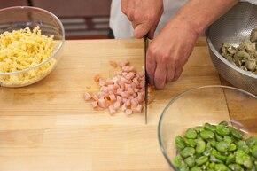 Makaron w sosie grzybowym – krok 1