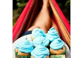 Muffinki straciatella pod chmurkową czapeczką