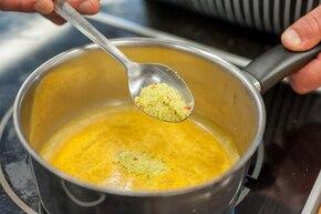 Muffinki frittata – krok 3