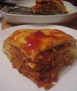 Naleśniki a'la Lasagne z sosem mięsno-pomidorowym