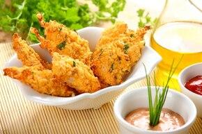 Nuggetsy z kurczaka z sosem tysiąca wysp