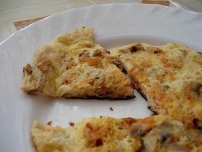Omlet z pieczarkami i marchewką