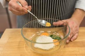 Omlet z warzywami i otrębami – krok 1