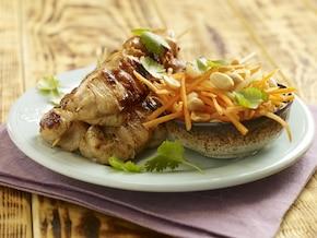 Orientalne sataye z kurczaka z imbirem