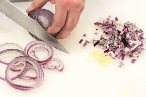 Ostre chilli con carne   – krok 1