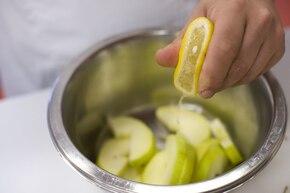 Pieczeń schabowa przekładana jabłkami – krok 5