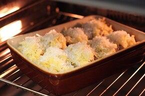 Pieczone ziemniaki faszerowane grzybami i chorizo – krok 5