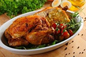 Pieczony kurczak z nadzieniem jajecznym