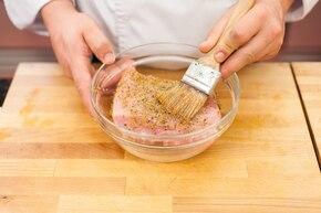 Pieczony schab z sosem myśliwskim – krok 1