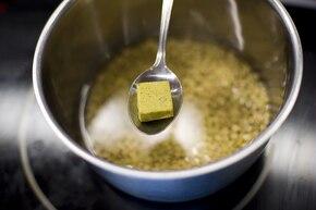 Pierogi z soją i grzybami – krok 1
