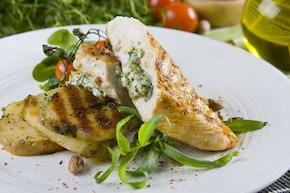 Piersi kurczaka z serem pleśniowym