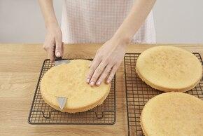 Tort piniata – krok 4