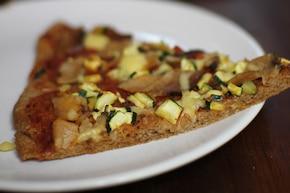 Pizza z cukinią i serem