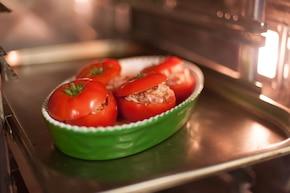 Pomidory faszerowane  – krok 4