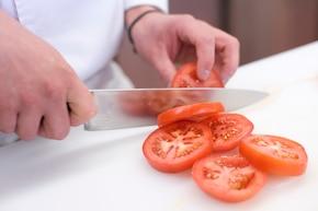 Pomidory z grilla z serem – krok 1