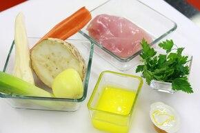 Potrawka z kurczaka z warzywami  – krok 1