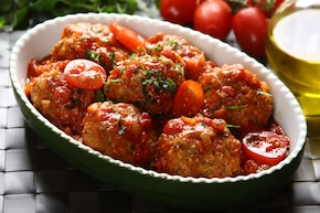 Pulpety z indyka w sosie pomidorowym