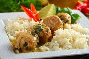Pulpety z kurczaka w zielonym curry