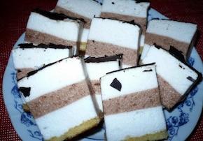 Puszyste ciasto z białek