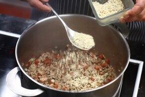 Kalarepa faszerowana mięsem mielonym – krok 3