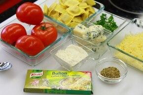Ravioli w pomidorach – krok 1