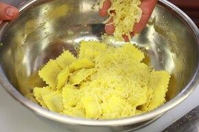 Ravioli w pomidorach – krok 4
