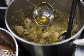 Risotto z grzybami (kurki, prawdziwki, maślaki) i kurczakiem – krok 5