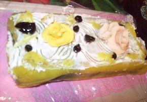 Rolada czekoladowa w żółtym płaszczyku
