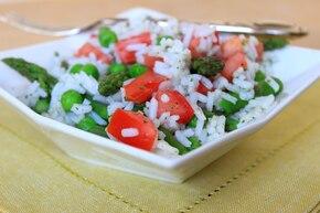 Ryż ze szparagami i groszkiem