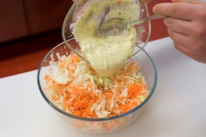 Sałatka coleslaw – krok 5