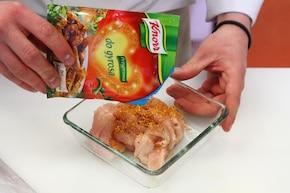 Sałatka curry z kurczakiem – krok 1