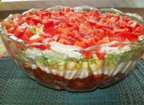 Sałatka gyros wegetariańska