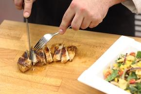 Sałatka makaronowa z nutą curry - VIDEO – krok 6