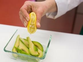 Sałatka z awokado – krok 3