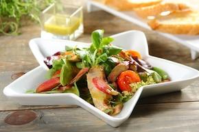 Sałatka z rabarbarem
