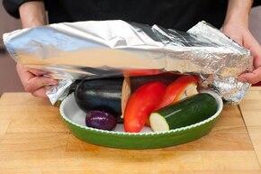 Sałatka z kurczakiem po grecku – krok 2