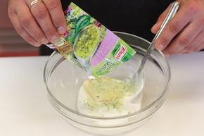 Sałatka z makaronem – krok 3
