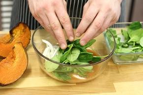 Sałatka z serem kozim – krok 5