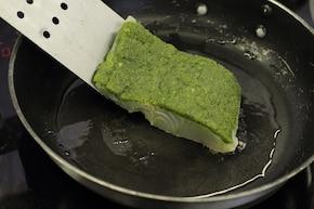 Sandacz z ziołami i glazurowaną marchewką – krok 6