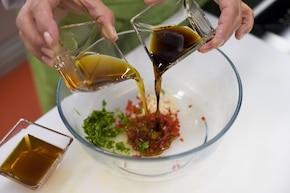 Sataje – tajskie szaszłyki z sosem orzechowym - VIDEO – krok 2